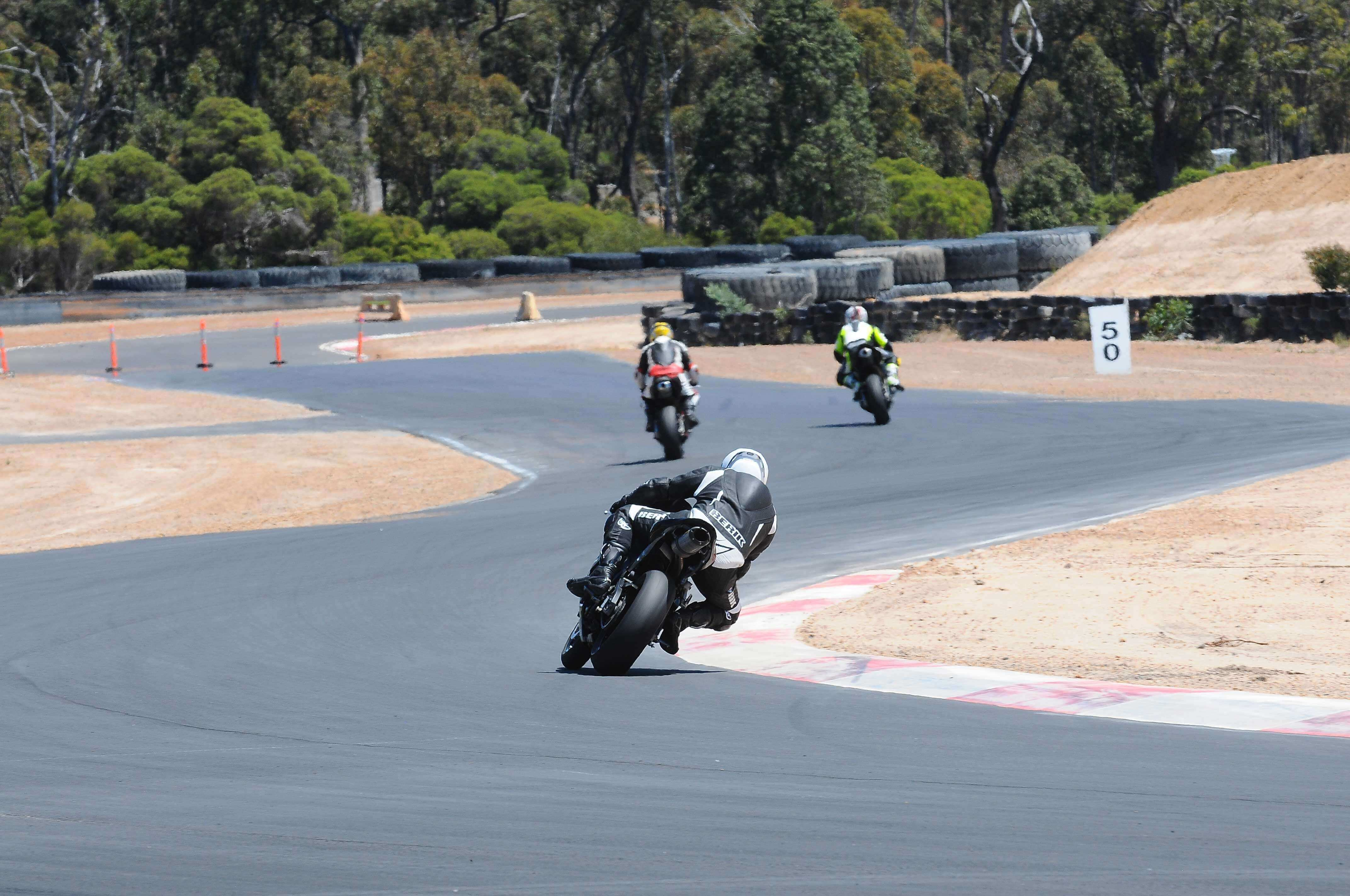 * NEW * Collie Motorplex + Bring a Mate for FREE!!