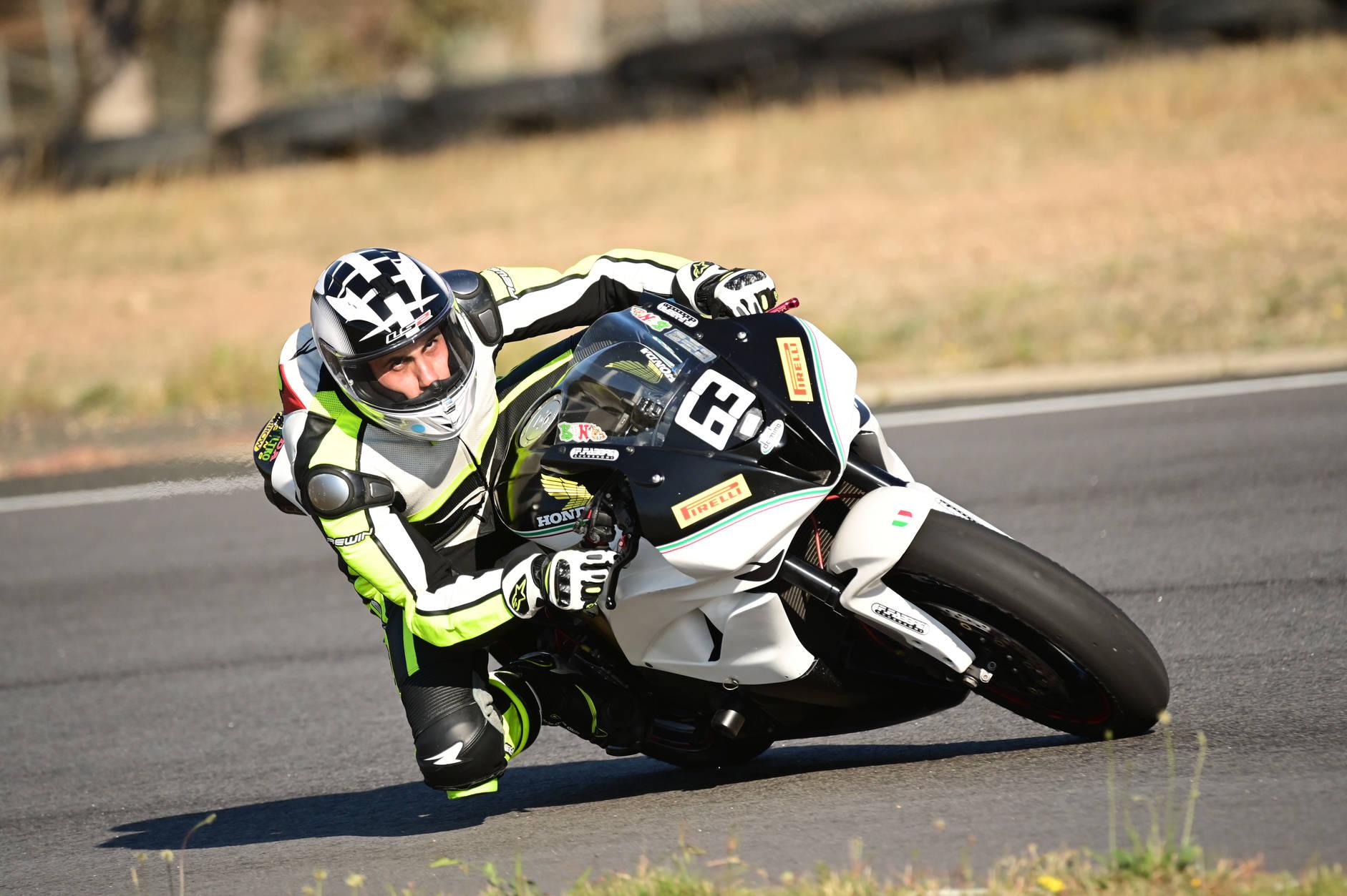 Broadford Raceway + Race Practice